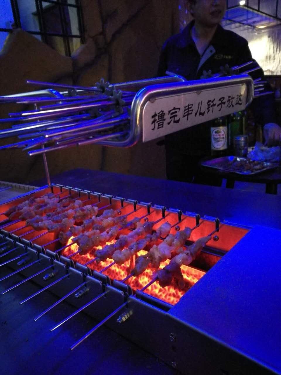 自动烤串机,自动翻转烤串机,烤串机厂家,自动烤串机厂家,
